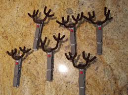 clothes pin reindeer card holder