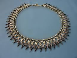 free beading pattern for necklace made entirely out of 11 0 seed