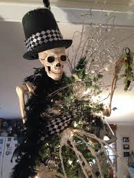 skull skeleton christmas tree skull christmas tree pinterest