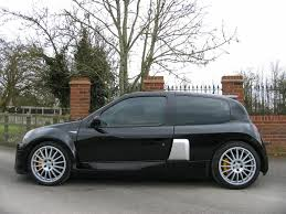 used 2004 renault clio v6 renaultsport v6 255 for sale in bucks