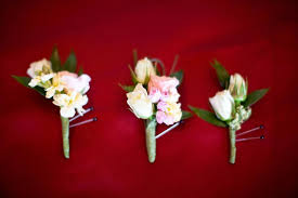 groomsmen boutonnieres boutonnieres for the groom groomsmen