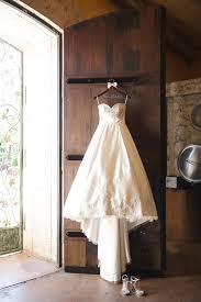wedding dress hanger wedding hangers for your wedding dress chic stylish weddings