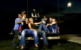 Friday Night Lights Season 2 Cast The Best New Jeans Inspired By U002790s And Noughties Tv Shows Vogue
