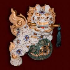 gold foo dogs large porcelain foo dog vintage decorative dog ornate
