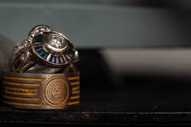 r2d2 wedding ring wars wedding ring is inspired by c 3po photos huffpost
