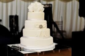 3 tier wedding cake wedding cakes and anniversary cakes the candy cake company