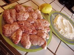 cuisiner de la cervelle de porc cervelle d agneau panée aux pommes de terre sautées les zazaneries