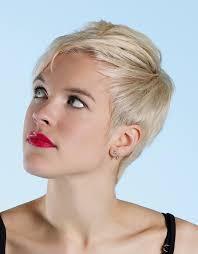 hairstyles for inverted triamgle face men layered pixie haircut for inverted triangle and heart faces 2018