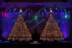 Singing Christmas Tree Lights The Singing Christmas Trees Life In Leggings Life In Leggings