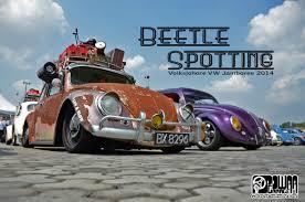 pushing a 2014 volkswagen beetle beetle spotting volksjohore vw jamboree 2014 powaa garage