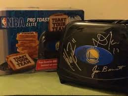 Superhero Toaster Warriors Went 31 2 After Klay Thompson Signed A Toaster U2014 Here U0027s