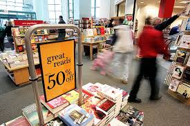 Barnes And Noble Roosevelt Field Mall Borders Bookstore In Carousel Center Mall Will Be Closing In March