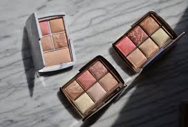 Hourglass Ambient Lighting Edit Volume 3 Makeup Sessions