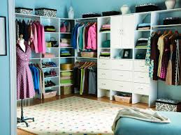 Furniture For Walk In Closet by Walk In Closet Design Ideas Hgtv