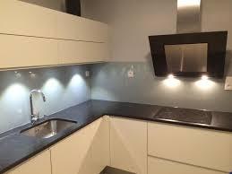 credence cuisine verre trempé credence en verre trempe pour cuisine idées décoration intérieure