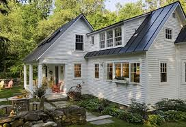 exterior paint colors that make your house look bigger