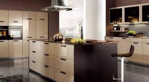 ilot cuisine avec table coulissante cuisine ilot central inspirations avec beau ilot central avec