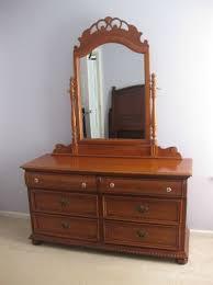 Lexington Cherry Bedroom Furniture The Most Elegant And Interesting Lexington Victorian Sampler