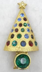 light up christmas earrings hattie carnegie light up christmas tree brooch garden party