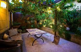 stunning courtyard garden design ideas