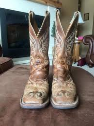 used s justin cowboy boot size 7