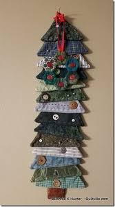best 25 christmas quilting ideas on pinterest quilted table