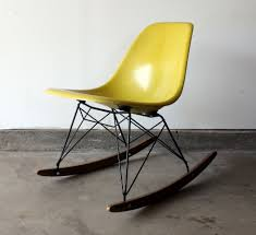eames rocking chair charles eamesu0027 rar rocking chair eames