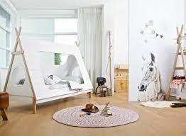 cabane fille chambre chambre enfant lit cabane fille blanc le lit cabane fille idées