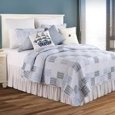 seersucker blue summer quilt