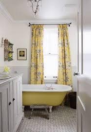 Yellow Bathtub 40 Refined Clawfoot Bathtubs For Elegant Bathrooms Digsdigs