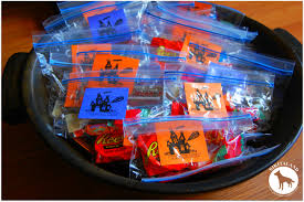 candy bags what s in your treat bag nikitaland