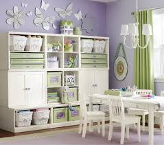 rangement dans chambre le rangement des jouets dans la chambre des enfants
