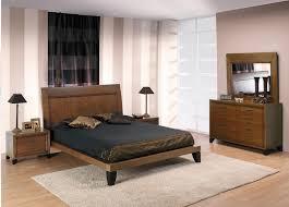 chambres a coucher pas cher model chambre a coucher idées de décoration capreol us