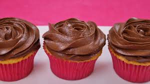 Frosting Recipe For Decorating Cupcakes Chocolate Buttercream Frosting Dishin U0027 With Di Cooking Show