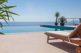 hello world coastal pool valet