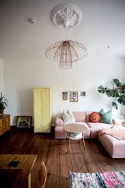 Neutral Sofa Decorating Ideas by Best 25 Pink Sofa Ideas On Pinterest Blush Grey Copper Living