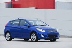 2012 hyundai accent gas mileage the car connection