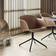 chaise rembourr e fiber chair chaise rembourrée pivotant muuto ambientedirect com
