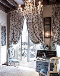 Parisian Chic Home Decor by Decor Inspiration Hotel Caron De Beaumarchais Paris Cool Chic