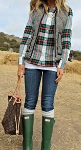 the blushing bella green hunter boots boots rainy pinterest