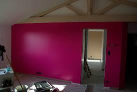 cuisine mur framboise deuxième couche de peinture des murs et livraison cuisine la