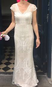 mcqueen wedding dresses mcqueen elsa buy this dress for a fraction of the