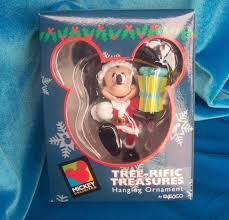 disney ornament mickey bearing gift tree rific treasures enesco