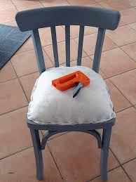refaire l assise d une chaise chaise refaire une assise de chaise lovely chaise l assise est