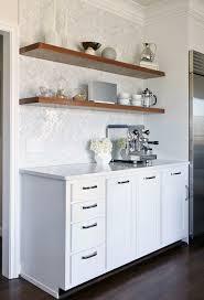 Marble Herringbone Backsplash Design Ideas - White marble backsplash