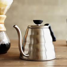 sur la table tea kettle hario v60 buono kettle sur la table obsessions pinterest