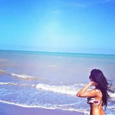 black hair for the beach hot beach beautiful blue image 727280 on favim com