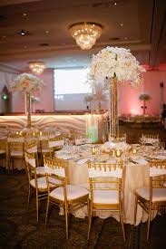 Wedding Centerpieces With Crystals by 123 Best Glitz And Glamour Sparkle Wedding Images On Pinterest