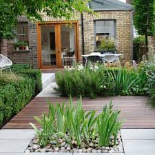 three inspiring small space garden design ideas the talk of