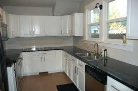 White Kitchen Backsplashes White Tile Kitchen Backsplash White Kitchen Kitchen Decor Subway